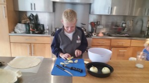 Cutting apples for pie