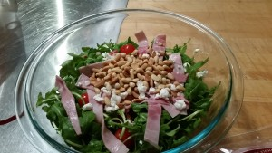 Arugula, goat cheese, toasted pine nut & ham salad