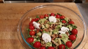 Avocado, tomato, goat cheese, walnut and arugula salad